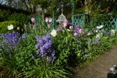 The pastels were out in full force for Easter! Lot's of good feedback about how great the gardens look!